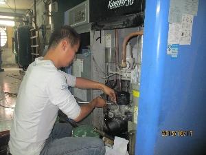 洛阳某机械厂客户空压机保养案例